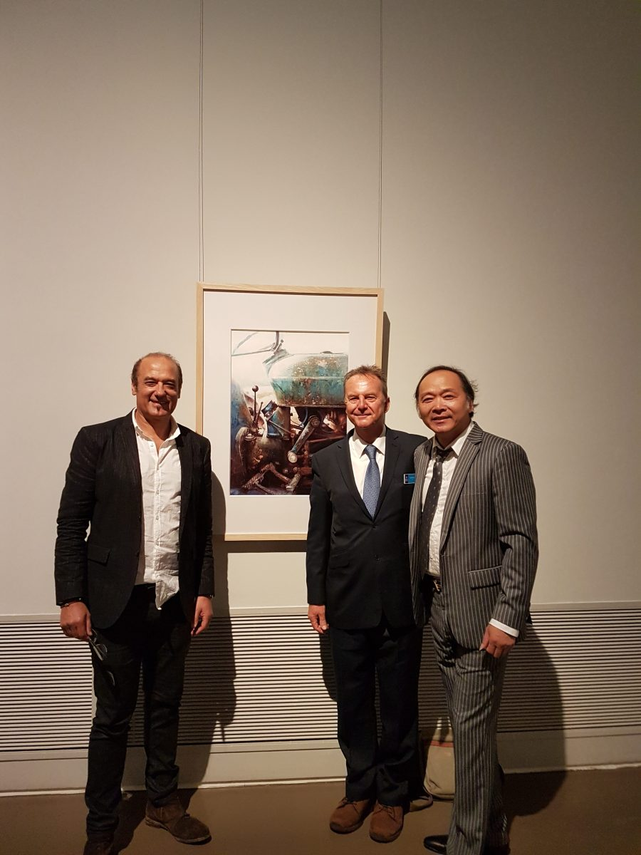 Alvaro Castagnet,Liu Yi, David Poxon at Shanghai Museum China opening of the Honourable Masters exhibition for Xiden Chen.