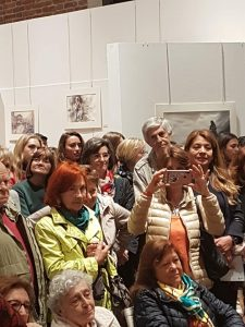 The sold out audience for the David Poxon live watercolor demonstration at Monza International expo 2019.
